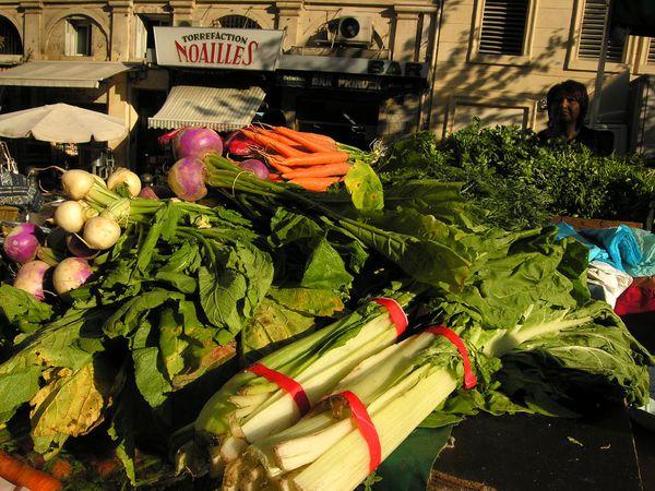 Légumes sur le marché des Capucins à Marseille.