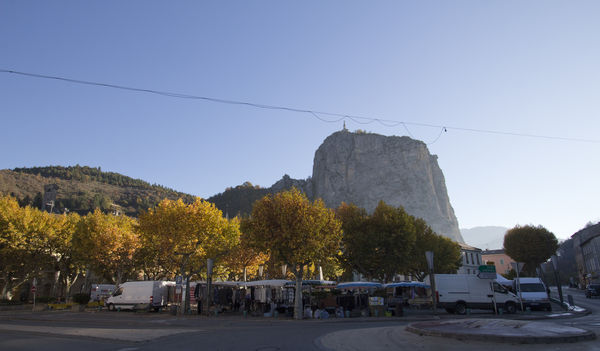 Herbstmarkt in Castellane.