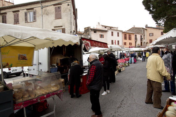 Socca-Stand am Markt in La Turbie